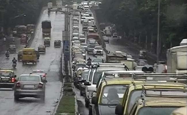 mumbai monsoon traffic