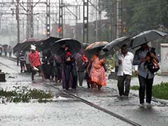 As Rain Stops, Water Recedes From Mumbai Roads; Train Services Resume