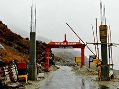चीन ने नाथूला-पास से कैलाश मानसरोवर यात्रा पर रोक लगाई, करीब सौ यात्री गंगटोक में रुके