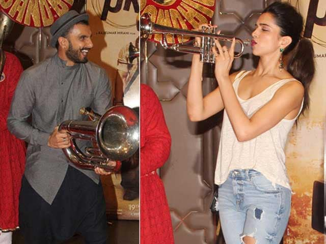 At Aamir Khan's Party, Deepika and Ranveer Blow PK Trumpets