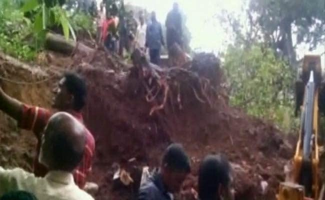 3-Hour-Long Traffic Jams on Major Mumbai-Pune Highway After Rain, Landslide