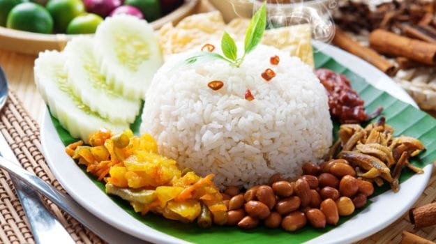 The Rise of Nasi Lemak: A Classic Dish from Malaysia