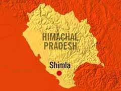 शिमला : ट्रायल के दौरान मकान पर गिरी एक केबल कार, 7 जगह-जगह अटकीं