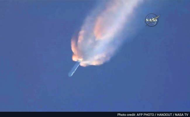 SpaceX Rocket Explodes Minutes After Launch From Florida