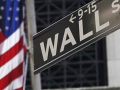 Wall Street Ekes Out Small Gain As Earnings Offset Cost Worries