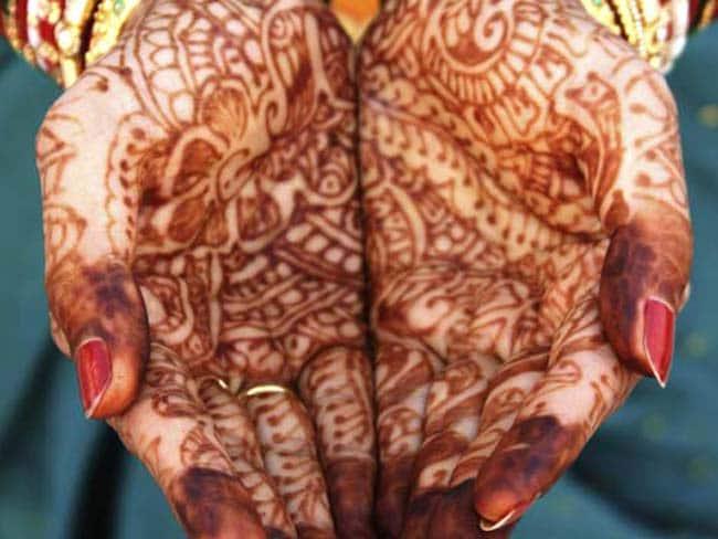 50 साल तक लिव इन में रहने के बाद 'मोक्ष' पाने के लिए वृद्ध युगल ने रचाई शादी
