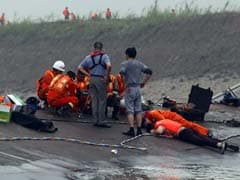 China Relatives Hope for 'Miracle' in Race to Find Ship Survivors
