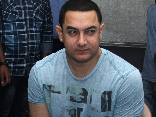Aamir Khan Puts Out Casting Call on Twitter and Facebook