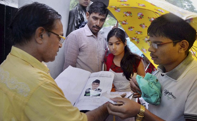 CBSE Re-Conducts All India Pre-Medical Test Successfully