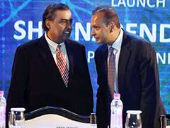 Mukesh Ambani May Reap Rewards From Brother Anil's Telecom Woes