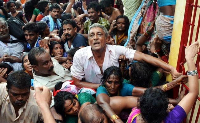 The Crowds Brought it on Themselves, Says Andhra Stampede Report