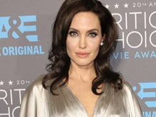 Angelina Jolie to Direct <i>First They Killed My Father</i>