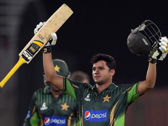पाकिस्तानी क्रिकेटर अज़हर अली के वनडे में एक हज़ार रन पूरे