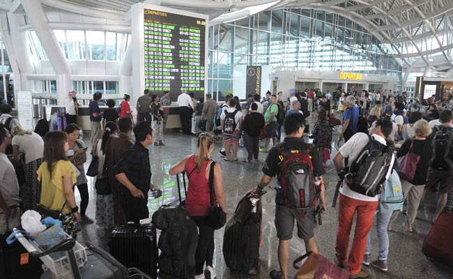Indonesia Shuts Bali Airport For Second Day Running