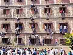 क्यों बिहार में आई हुई है शिक्षकों के इस्तीफे की 'बाढ़'?
