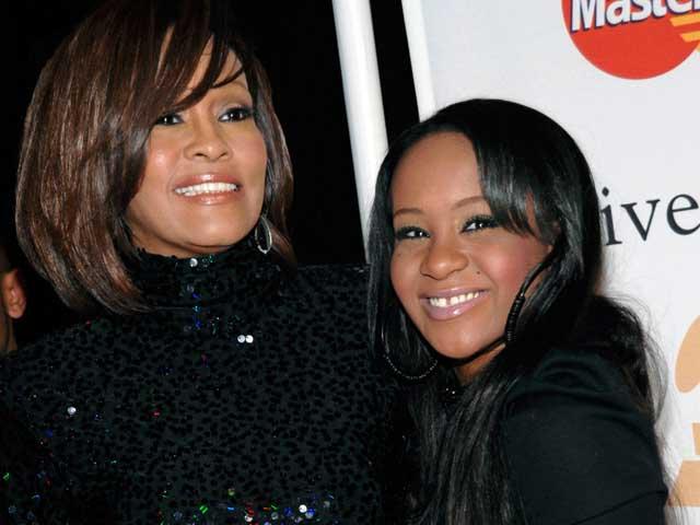 Whitney Houston's Daughter Bobbi Kristina Dies at 22