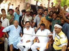 Uttar Pradesh Lawmaker Tied Up and Held for 3 Hours by Angry Villagers