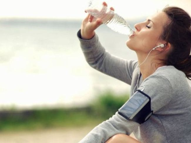 Drinking Too Much Water Can be Risky | Jyada Pani Pine ke Nuksan | Are You Drinking Too Much Water | Drinking Water Too Fast Water Intoxication or what is Hyponatremia | Drinking Too much water is Harmful