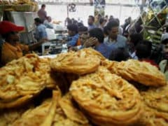 Muslims in Kerala Offer Eid Prayers