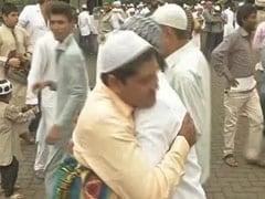 देशभर में धूमधाम से मनाई जा रही है ईद, राष्ट्रपति, प्रधानमंत्री ने दी बधाई