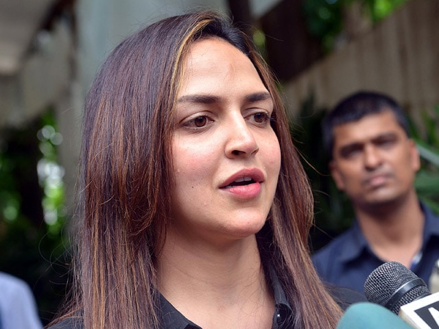Esha Deol Says Hema Malini Will Provide Financial Aid to Accident Victims