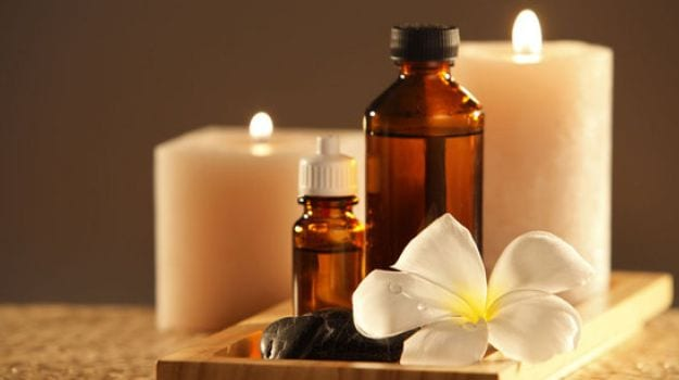 aromatherapy-essential-oils-2