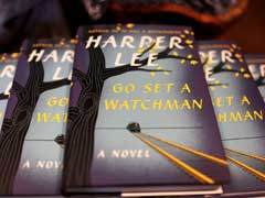 'Go Set a Watchman' by Harper Lee Deemed 'Distressing' as it Hits Bookstores