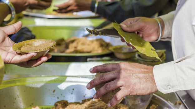 Over 250 Gurdwaras in Britain Serving as Food Banks