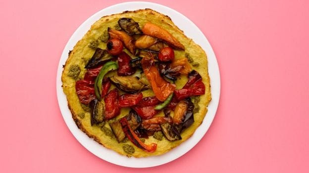 Eating Clean: Homemade Cauliflower Pizza with Roasted Vegetables and Pesto - Recipe