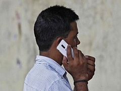 Chinese Mobile Makers Eye India for Manufacturing Base