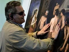 Spanish Museums Invite Blind to Touch Masterpieces