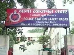 दिल्ली के लाजपत नगर में घोषित अपराधी की सरे बाजार हत्या, फावड़े से काट डाला
