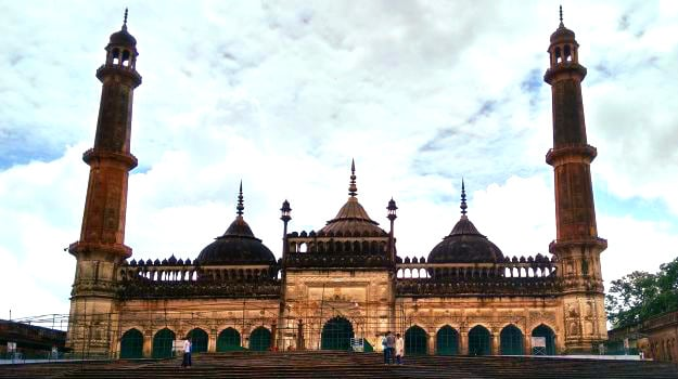 The City of Nawabs: An Extravagant Iftar Trail in Lucknow