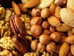 Dry Fruits: ड्राई फ्रूट्स के फायदे जानकर हो जाएंगे हैरान! जानें कैसे करें मेवे का सेवन!