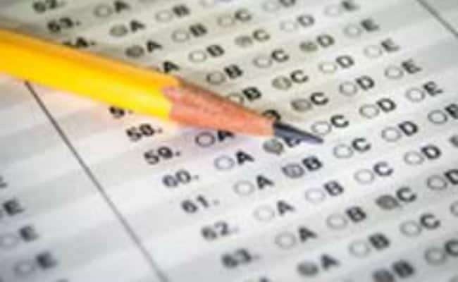 Candidates Appearing For AIPMT Can Wear Religious Or Customary Dresses: CBSE