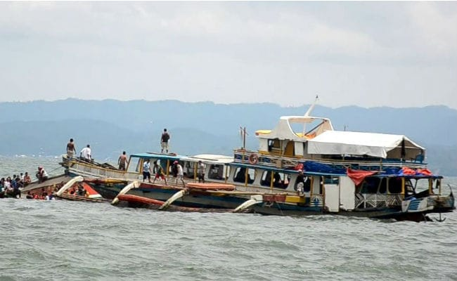 Divers Search for Missing After Philippine Ferry Sinks, 38 Dead