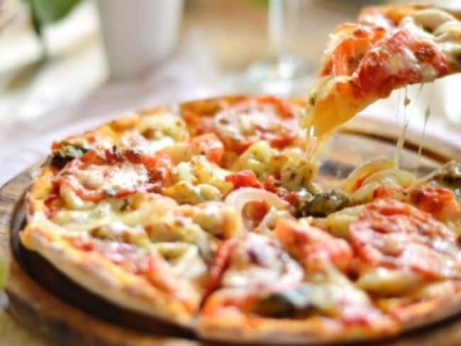 US Eatery Offers Free Pizzas For A Year Reward To Nab Burglar