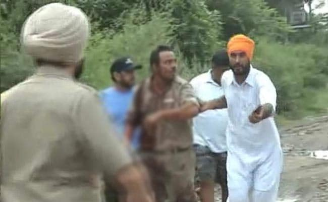 'They Fired Every 5 Minutes': Policeman Injured in Punjab Terror Attack