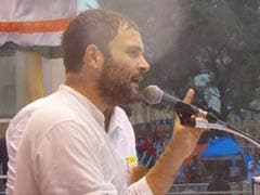 Congress Vice President Rahul Gandhi Battles Heavy Rains to Address Rally in Tiruchirapalli