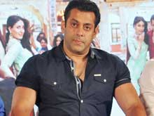 Salman Khan: Haven't Seen <i>Fan</i> Teaser, But Know it's Superb