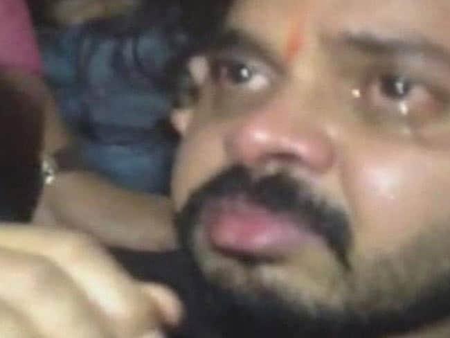 कोर्ट का फैसला आते ही रो पड़े श्रीसंत, फिर करना चाहते हैं क्रिकेट में वापसी