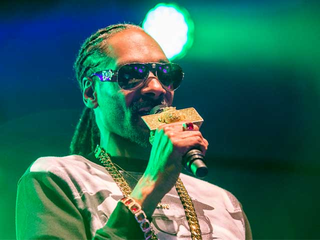 Snoop Dogg, Held Briefly For Drug Possession, Accuses Swedish Police of 'Racial Profiling'