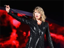 This Singer Cast a 'Magical Spell' For Taylor Swift on Twitter