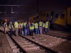 दक्षिण अफ्रीका में ट्रेन दुर्घटना में 300 से अधिक लोग घायल
