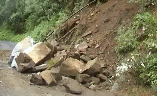 700 Pilgrims Stranded After Landslide In Uttarakhand Highway
