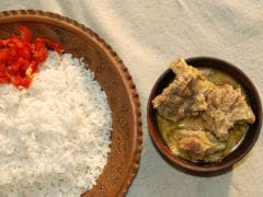 Yakhni: Kashmiri Cuisine's Famous Slow-Cooked Dish Introduced by the Moghuls