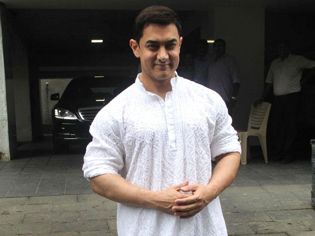 Now, Aamir Khan Backs Krishna Shroff