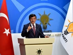 Turkey Wants to 'Calm Tensions' With Russia: PM