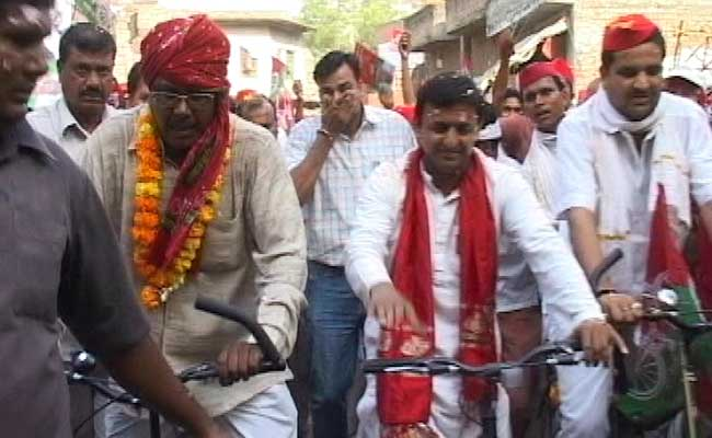 Akhilesh Yadav's Cycle Rally To Feature Notes Ban, Development Metaphors