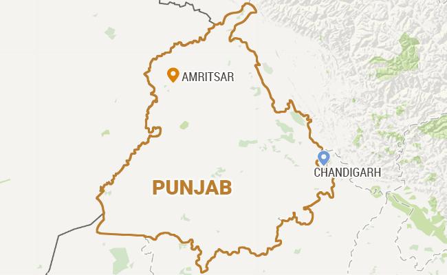 BJP Legislator From Punjab's Amritsar Navjot Kaur Sidhu Goes on Hunger Strike